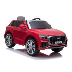 Paseo eléctrico en automóvil Audi Q8, rojo, con licencia original, asiento de cuero, puertas que se abren, motor de 2 x 25 W, batería de 12 V, control remoto de 2.4 Ghz, ruedas suaves de EVA, luces LED, arranque suave, licencia ORIGINAL